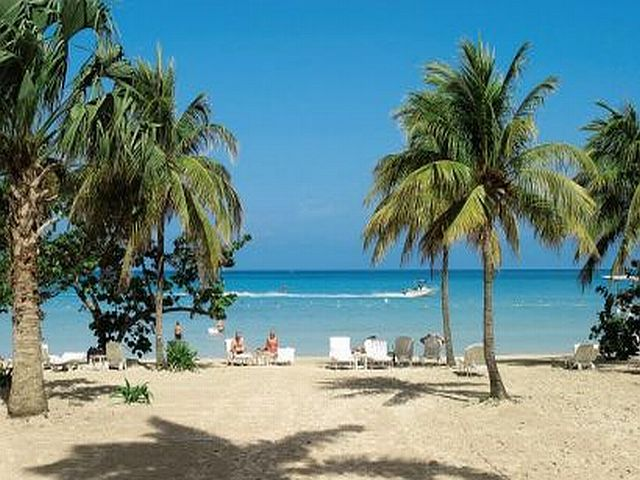 The beach at Couples Negril